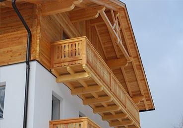 balkone fassaden zimmerei peintner percha. Black Bedroom Furniture Sets. Home Design Ideas
